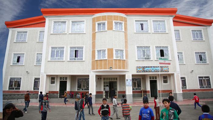مؤسسة البركة تبادر بانشاء 6 مدارس في المناطق المحرومة لمدینة أهر