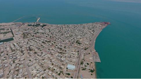 تفاهمنامهی توسعه و پیشرفت همهجانبه و پایدار جزیرهی هرمز امضا میشود