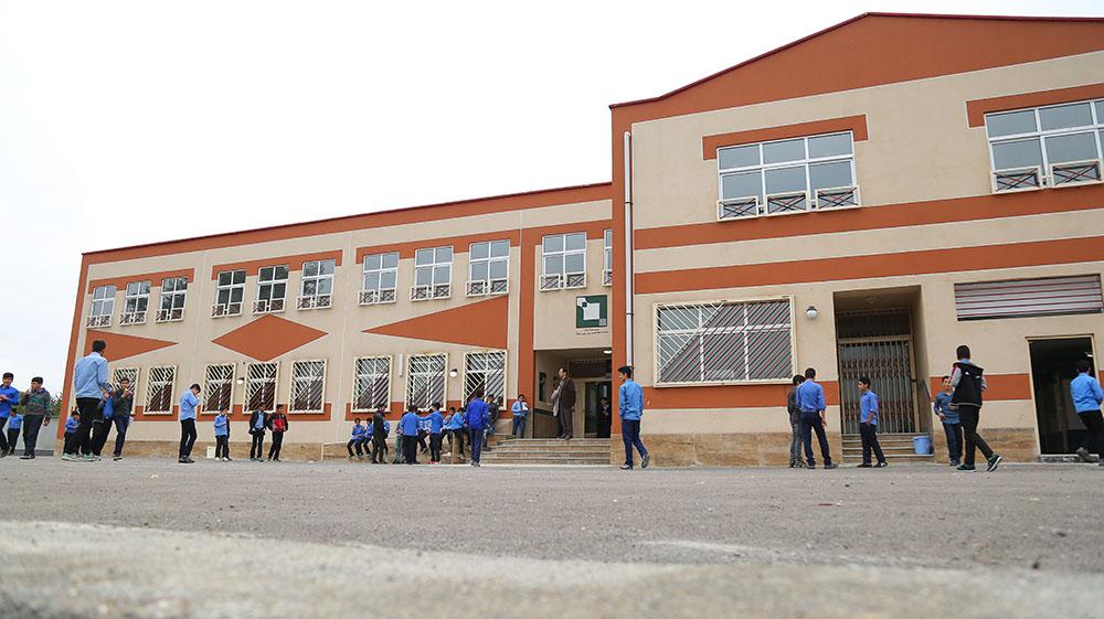 نهضت مدرسهسازی بنياد بركت، انقلابی در توسعهی آموزشی كشور