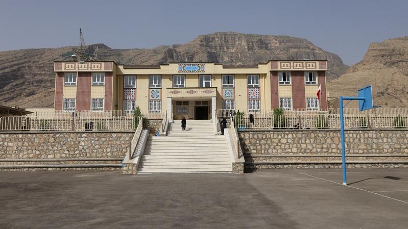 مدرسهی برکت روستای ظفرآباد